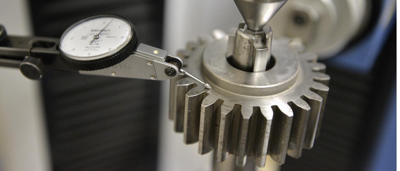 Gear-Cutting-Slider